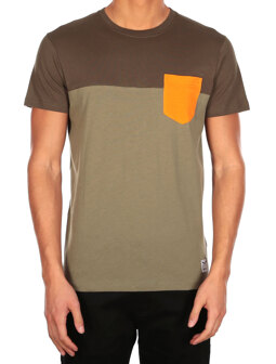 Block Pocket 2 Tee [olivegrey]