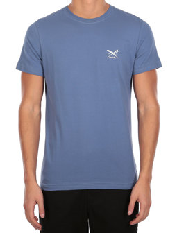 Chestflag Tee [dusty blue]