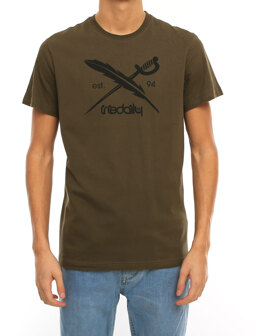Daily Flag Tee [olive]